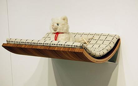 Лежанка для кошки дизайнера Акеми Танако