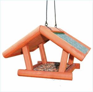 Избушка - птичья кормушка